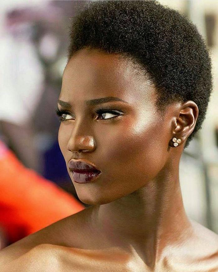 5 coiffures afro courtes et tendances